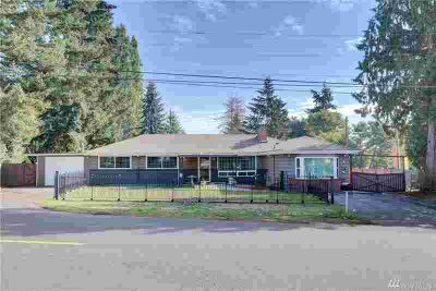 20330 32nd Ave S Seatac Three BR, Nice Rambler in a great