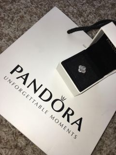 Brand new pandora ring. Size 7. Comes with box only. Retail $100