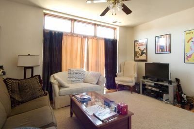 3 bedroom in Lincoln Park