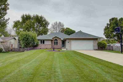 508 8th St Waunakee Three BR, This wonderful Ganser Built Ranch