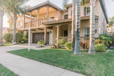 2039 Ocaso Place Oxnard, Looking for a beautifully upgraded