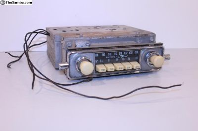 Ivory Knob Sapphire II AM FM Bus Bug Ghia Radio
