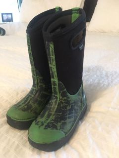 Boggs boots size 11