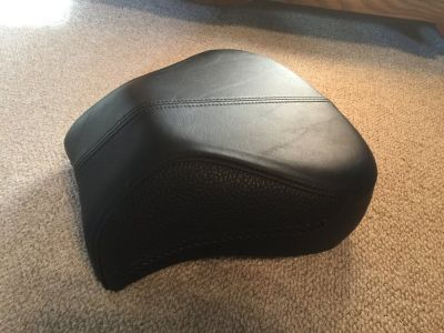Harley Davidson OEM Rear Seat - Like New