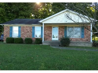3 Bed 2.0 Bath Preforeclosure Property in Bardstown, KY 40004 - Valleyview Dr