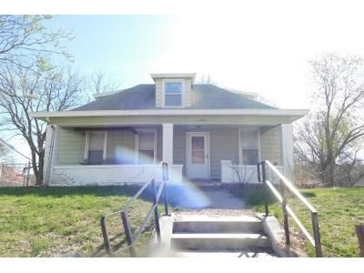 2 Bed 1 Bath Preforeclosure Property in Nebraska City, NE 68410 - S 11th St
