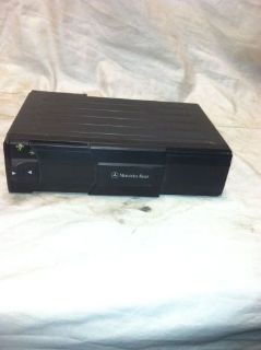 Sell 94-98 Mercedes C220 C230 C280 c36 AMG CD Changer 6 Disc 0028205989 motorcycle in Pacoima, California, United States, for US $110.00