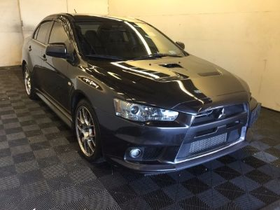 2014 Mitsubishi Lancer Evolution MR (Gray)