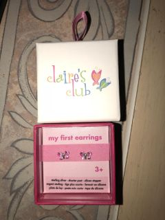 New Claire s club earrings