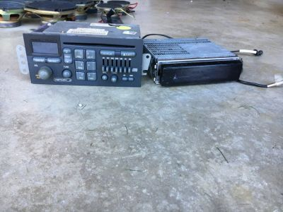 Car Radio & CD Player