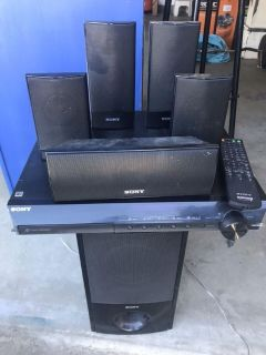 Dvd player w/surround sound speakers