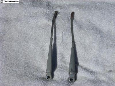 Orig VW wiper blades for beetle 1970-77
