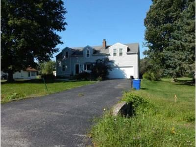 4 Bed 2 Bath Foreclosure Property in Lewiston, NY 14092 - Porter Center Rd