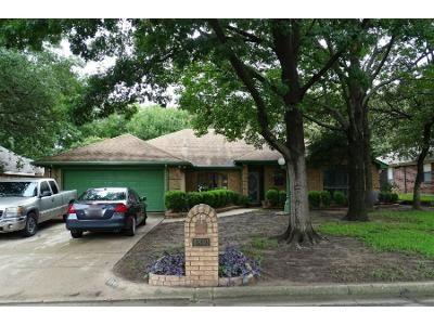 3 Bed 2 Bath Preforeclosure Property in North Richland Hills, TX 76182 - Inwood Dr