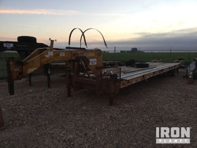 1990 Belshe DT-235 T/A Equipment Trailer