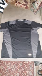 Men's size Large Black Performance Gym Shirt