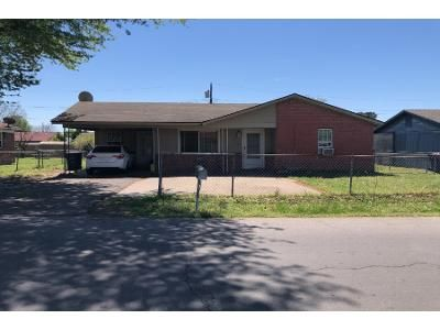 3 Bed 1.5 Bath Foreclosure Property in Fort Smith, AR 72904 - Johnson St