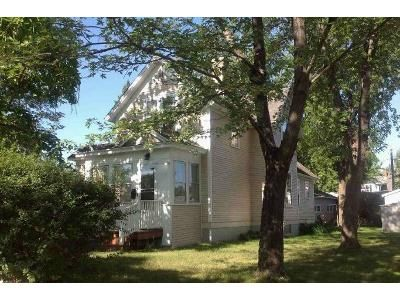 3 Bed 1.5 Bath Foreclosure Property in Saint Cloud, MN 56301 - 15th Ave S