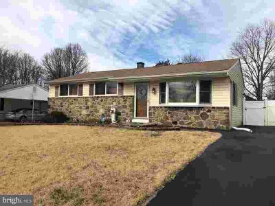 4 Hopkins St Glen Burnie Three BR, Updated kitchen!