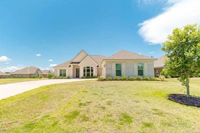 Beautiful 4 Bedroom Home in Daphne