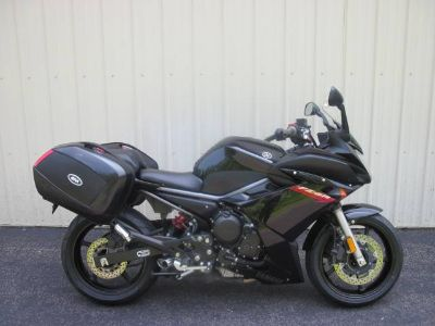 2009 Yamaha FZ6R Sport Motorcycles Guilderland, NY