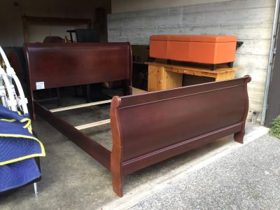 Queen side solid wood bed frame