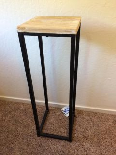 Ross side table or plant stand