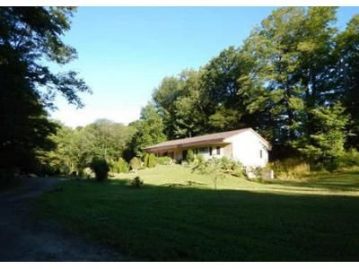 3 Bed 1.5 Bath Foreclosure Property in Eden, NY 14057 - Hickman Rd