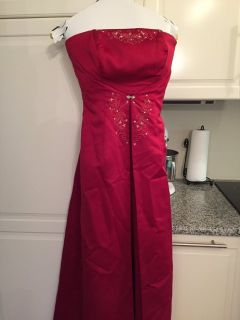 Formal gown/dress