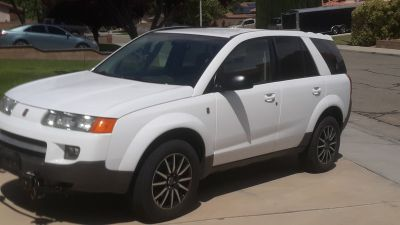 2004 Saturn Vue 4 door SUV