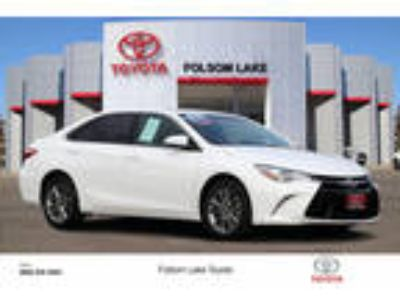 Used 2016 Toyota Camry Super White, 41.9K miles