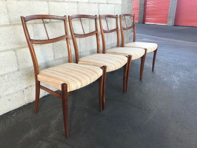 Vintage Mid-Century Set of 4 Dining Chairs