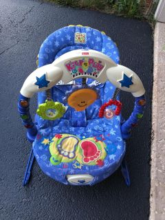 Fisher price kick and play bouncer seat