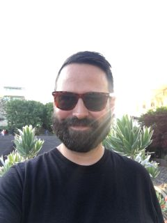 David W is looking for a New Roommate in Los Angeles with a budget of $800.00