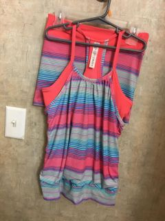 Girls outfit size m/10