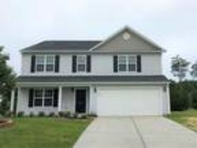 2519 Ingleside Dr High Point, NC 27265 - 4/2.5 2320 sqft