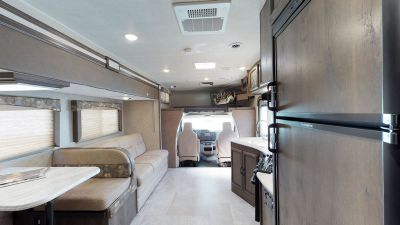 2018 Coachmen Freelander 28BH