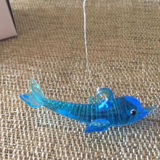 Floating Dolphin for fish tank 3