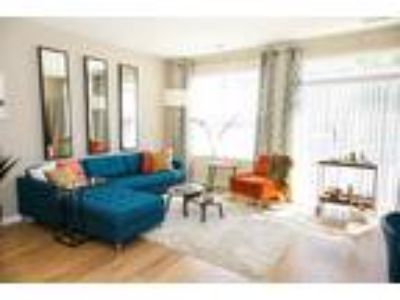Monmouth Row Apartments - The Maple