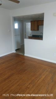 Cozy 1Bed/1Bath Apartment with Heat/HW Included in Pawtucket!