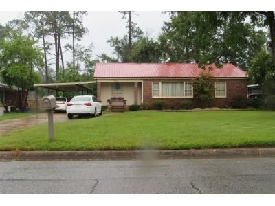 3 Bed 1.0 Bath Preforeclosure Property in Albany, GA 31707 - 8th Ave