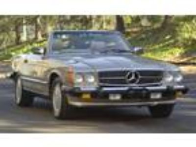 1989 Mercedes-Benz 560SL Convertible All original