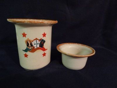 two western design ceramic pots