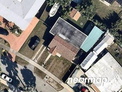 2 Bed 1.0 Bath Preforeclosure Property in Miami, FL 33165 - SW 52nd Dr