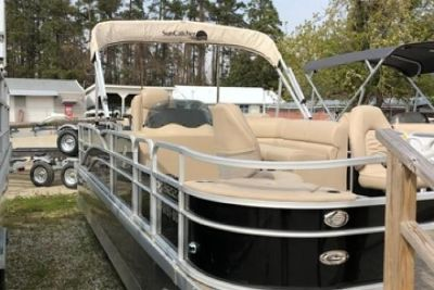 2015 Custom Built G3 Pontoon