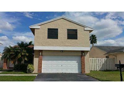Single-family home Rental - 730 Thornridge Ave