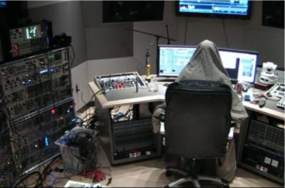 how to be a ghost producer