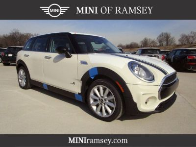 2019 MINI Clubman Cooper S (Pepper White)