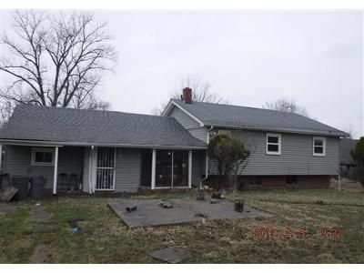 2 Bed 2 Bath Foreclosure Property in Bedford, OH 44146 - Free Ave
