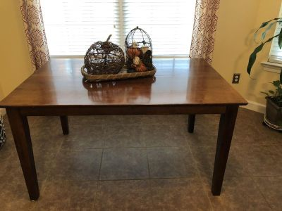 Dining Table with Hidden Leaf